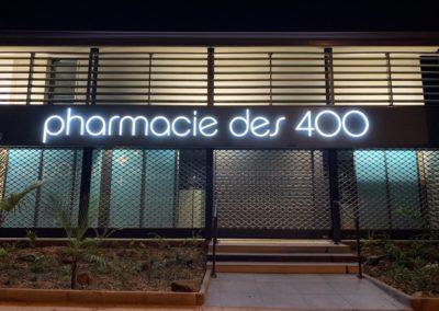 Lettres boitiers enseigne-Pharmacie des 400 -Bienvu-Réunion