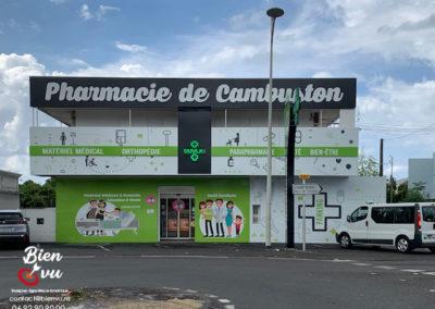 Agencement de façade commerciale Pharmacie